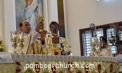 Most Rev. Dr Gerald Isaac Lobo celebrates Nativity feast Mass